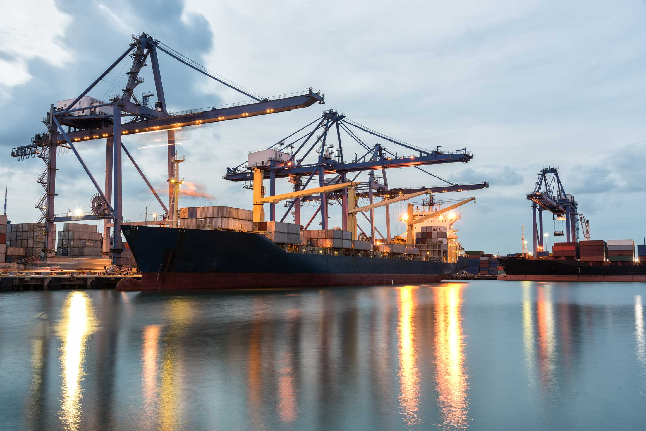Sea Freight   Sea and Aero